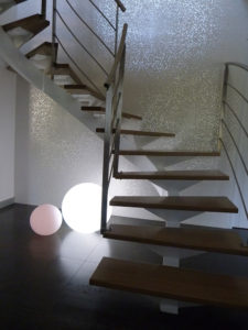Montée d'escalier faîencée ( Porcelanosa)
