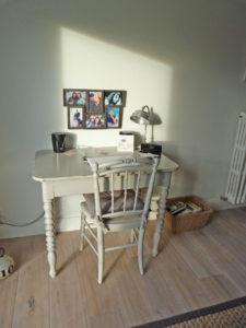 Coin bureau: table et chaise relookées